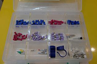 歯のクリーニングで使うディスポーザブルの研磨器具