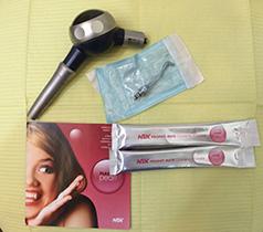 歯のクリーニングで使うパウダーポリッシング